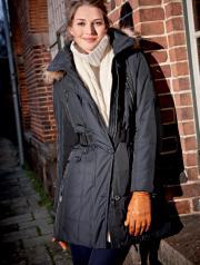 En frakke rækker langt (foto gundtoft.dk)